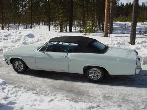1965 Chevrolet Impala Convertible<br>350cid+TH350