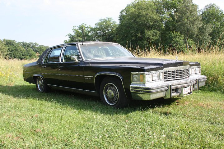1977 Cadillac Fleetwood Brougham<br>425cid+TH400