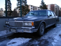 1981 Chevrolet Caprice sedan<br>305cid+TH350