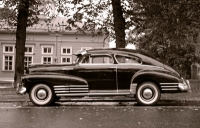 1948 Chevrolet Fleetline Aerosedan<br>216 cid + 3sp with vacuum shift